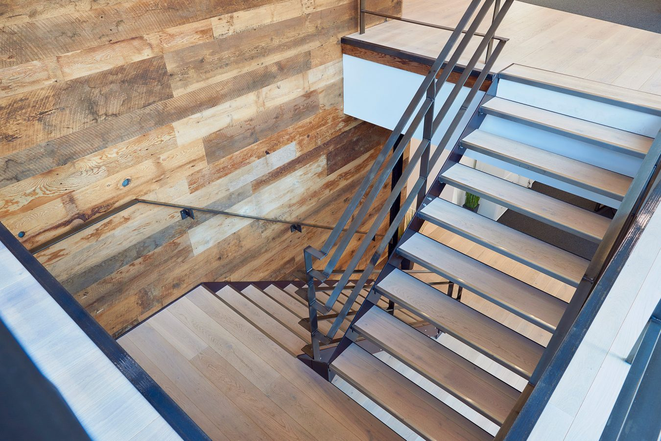 Natural wood staircase design for Teads in London.
