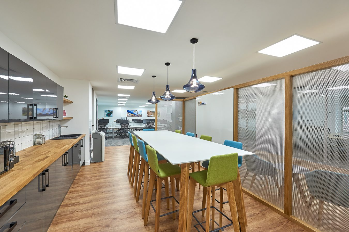 Modern tea point and kitchen fit-out for office refurbishment near London