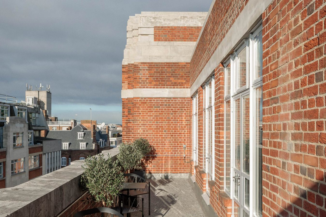 Outdoor terrace of an office in Fitzrovia, London.